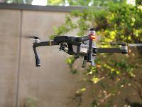 Drohne für Dachinspektion
