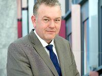 Dachdecker-Verband und IG BAU einigen sich auf neuen Mindestlohn